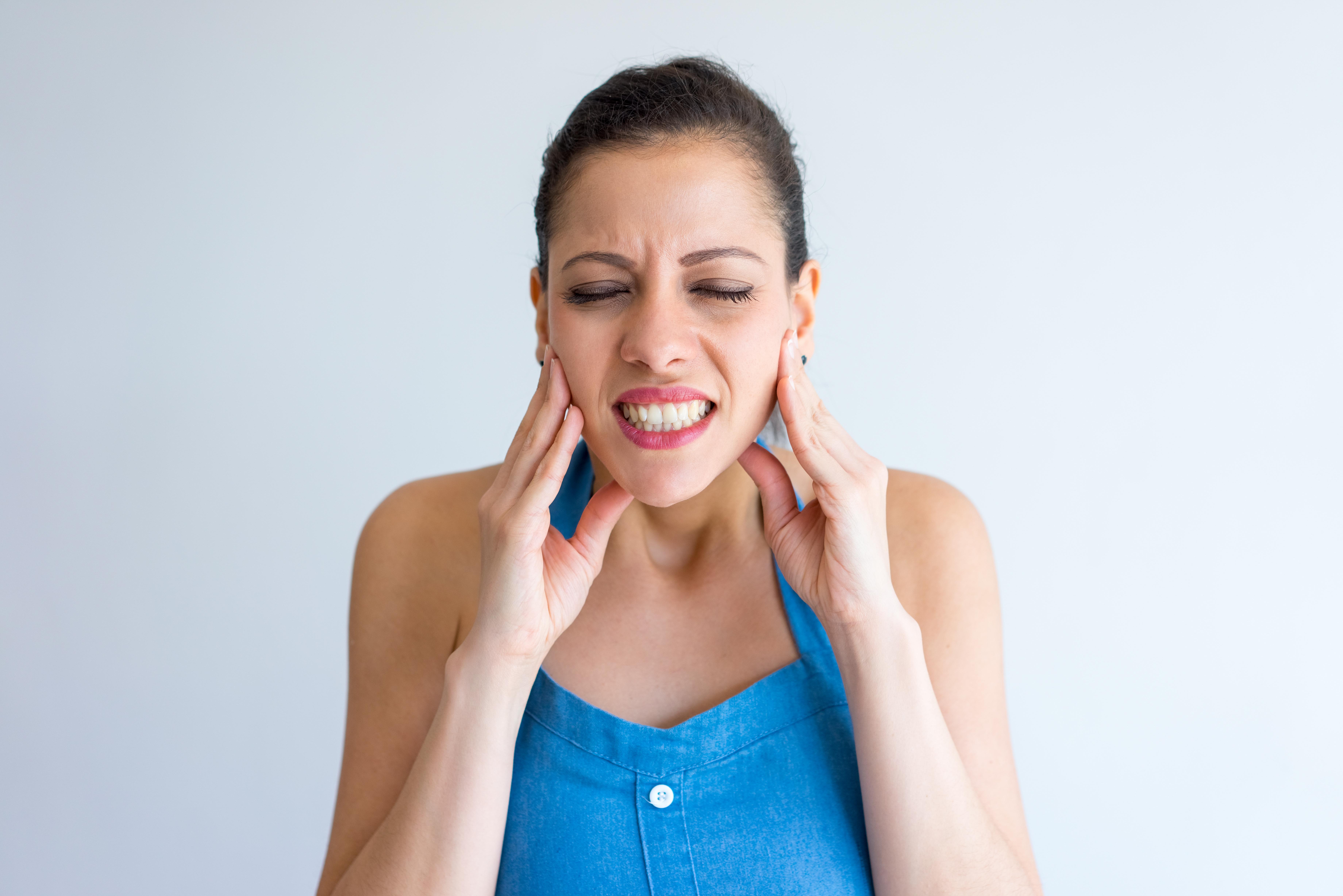 براکسیسم یا دندانقروچه